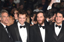 Robert Pattinson, Josh Safdie, Benny Safdie, Taliah Webster